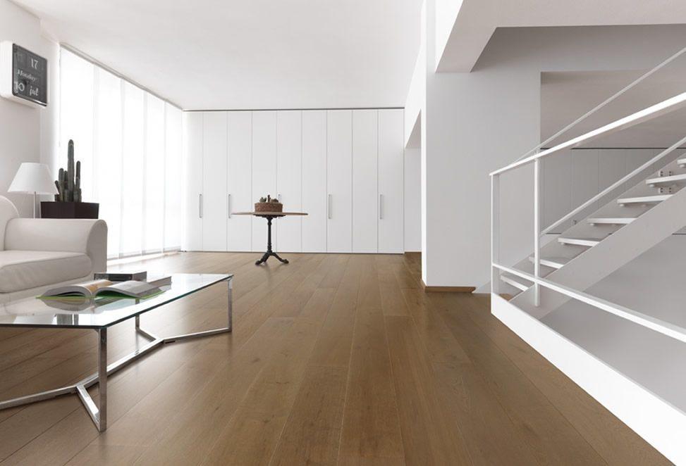 pavimenti interni legno e parquet casa arredata