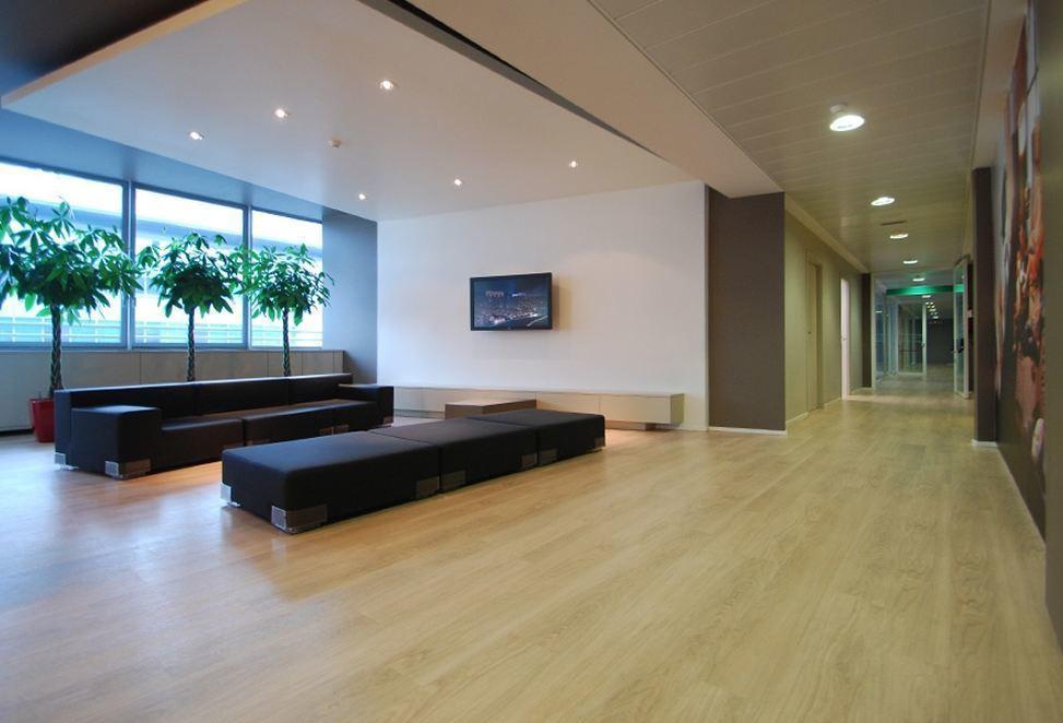 pavimenti tecnici resilienti per interno sala d'attesa