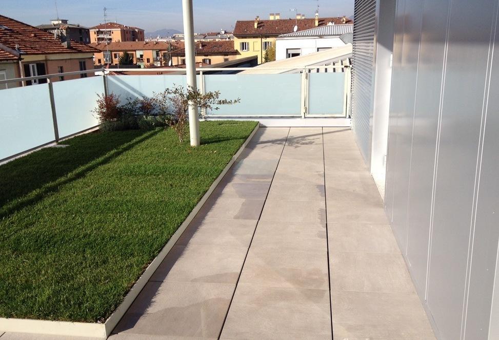 pavimenti tecnici sopraelevati terrazzo palazzo