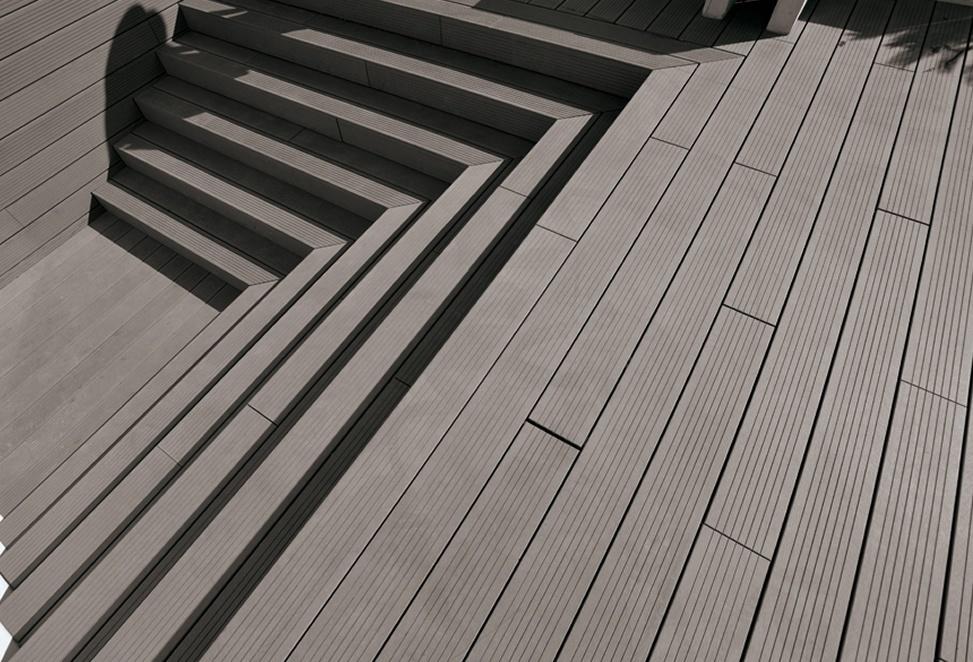 pavimento tecnico composito per esterno dettaglio