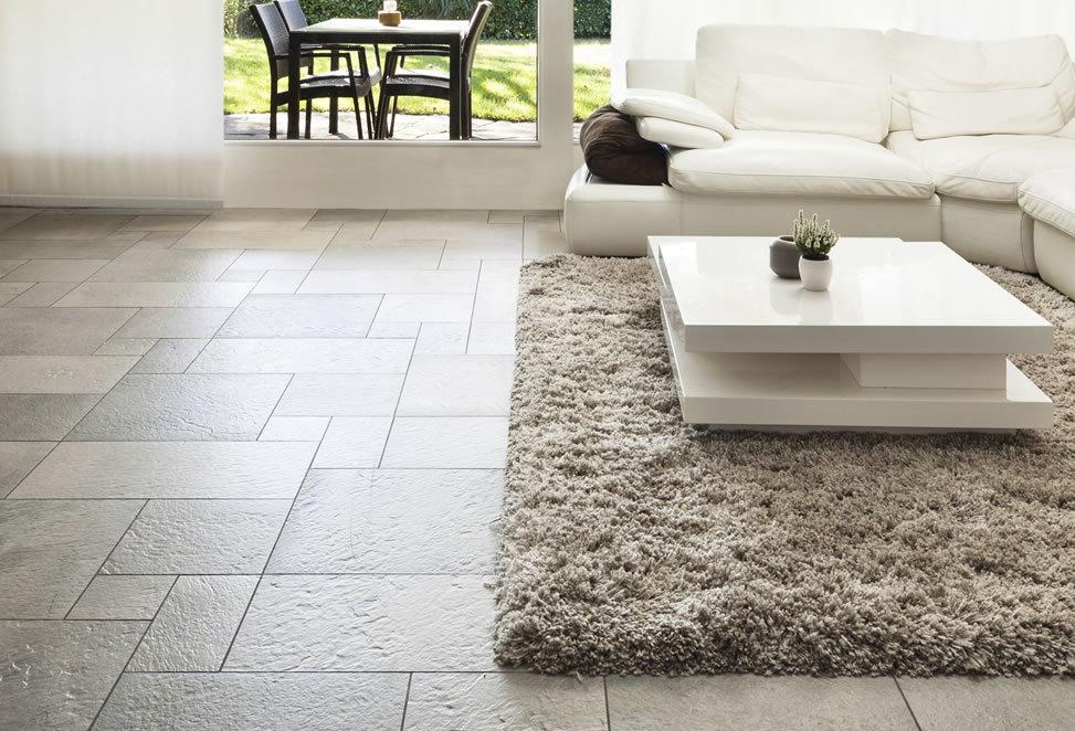ceramiche pavimento salotto