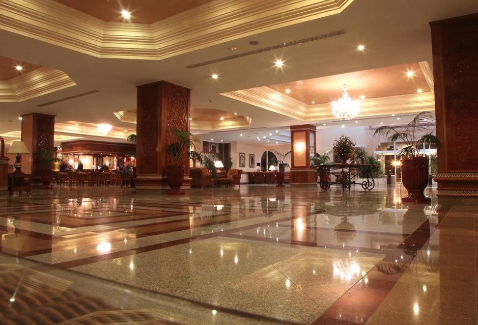 pavimenti granito hall hotel bergamo