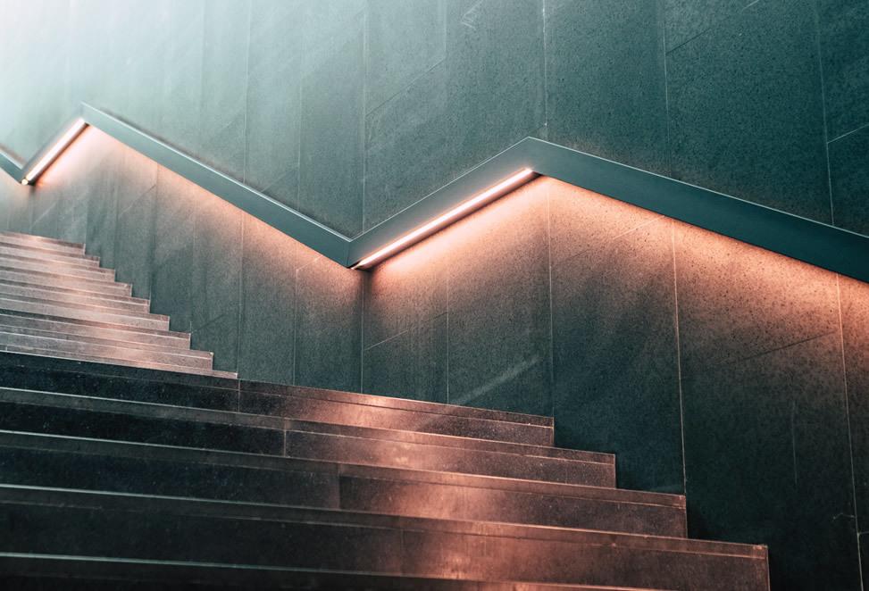 scale bergamo interne, passamano illuminato