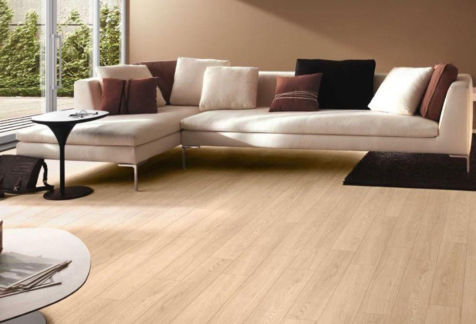 pavimenti gres porcellanato divano sala