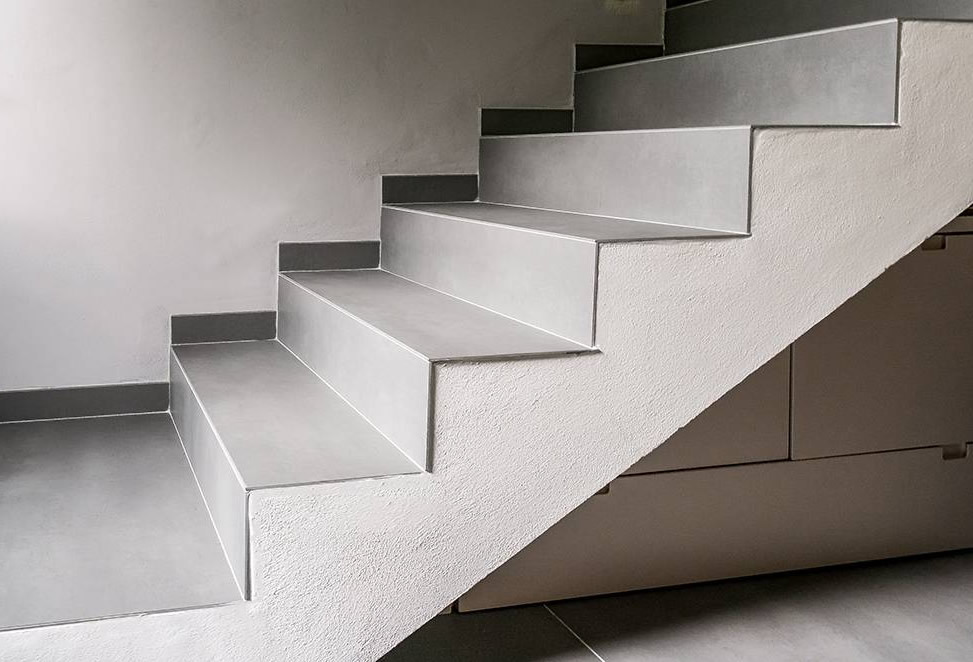 scale gres porcellanato casa privata bergamo dettaglio laterale
